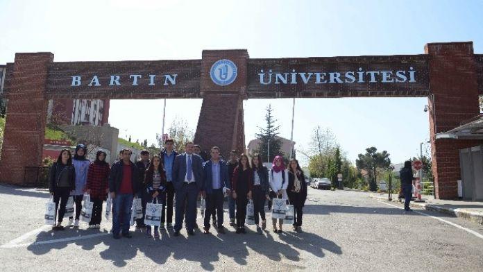 BÜ, Lise Öğrencilerini Ağırladı