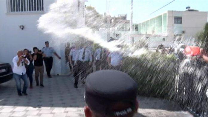 KKTC'de süt eylemi