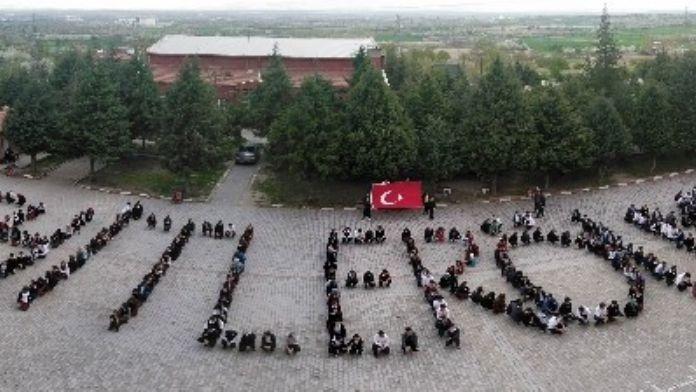 Akşehir Anadolu Lisesinden Polis Haftasında Anlamlı Mesaj