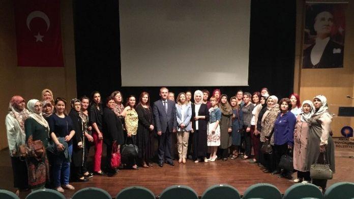 AK Parti Kadın Kollarından İstismara Karşı Eğitim
