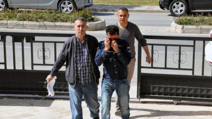 Didim Belediye Başkanı ve meclis üyesinin ev ile işlerinin kurşunlanması ile ilgili 4 tutuklama