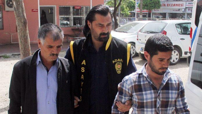 Polisçilik oynayan baba-oğul tutuklandı