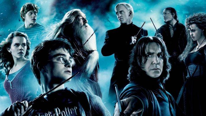 Harry Potter'ın yazıldığı sandalyeye bile servet ödendi