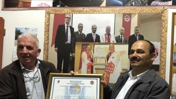 Rektör Aydın'a Türkoloji Hizmet Ödülü Verildi