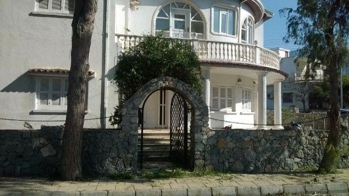 Kıbrıs'ta sanat müzesi açılıyor