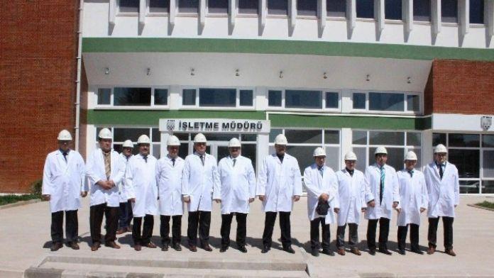Bolvadin'de Görev Yapan Yargı Mensupları Alkolid Fabrikasını Gezdi
