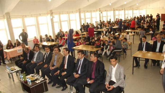 Sason'da Ortaokullar Arası SES Yarışması Yapıldı