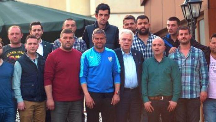 Bursasporlu taraftarlar Başkan Ali Ay'la bir araya geldi
