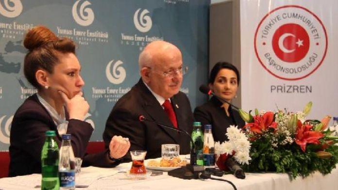 Kosova'da bulunan TBMM Başkanı İsmail Kahraman, Kosovalı Türk STK temsilcileriyle bir araya geldi