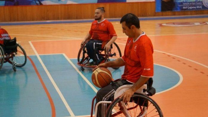 KARDEMİR Karabükspor Bedensel Engelli Basketbol Takımı Galatasaray'a Mağlup Oldu