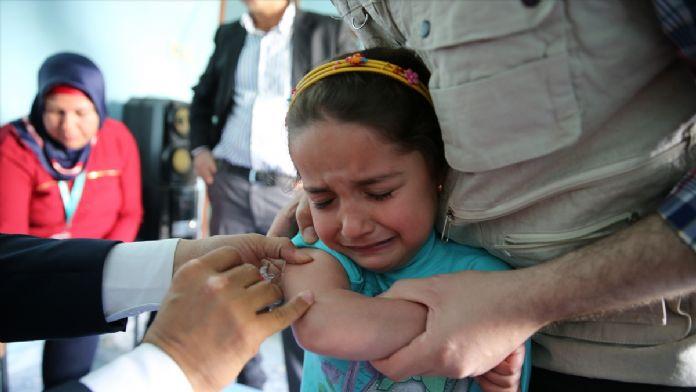 Hatay'da Suriyeli çocuklara aşı