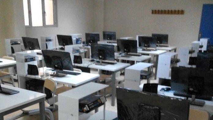 FÜ'ye Modern Bilgisayar Laboratuvarı Kuruldu