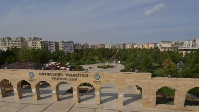 Diyarbakır'da Belediyeye Ait Sosyal Tesisler Artıyor