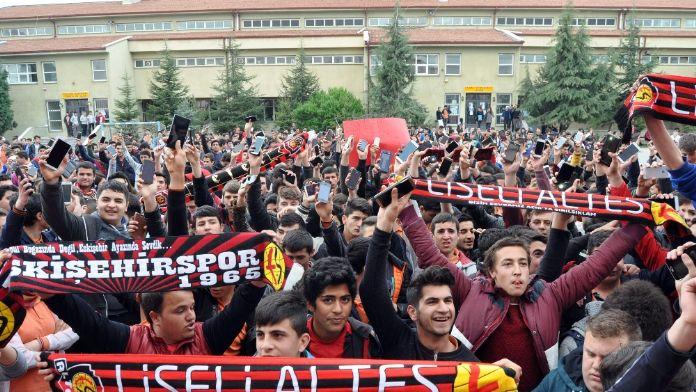 Eskişehirspor taraftarına çağrı