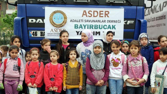 Suriyeli çocuklardan ülkelerine yardım