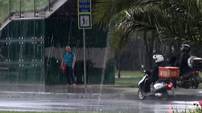 İstanbul'da önce dolu ardından yağmur sürprizi