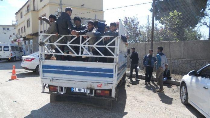 Tehlikeli Yolculuğu Jandarma Trafik Önledi