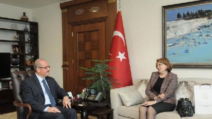 Azerbaycan'ın eğitim müşaviri Denizli'de