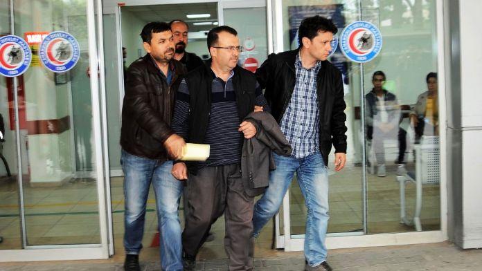 Çanakkale'de FETÖ operasyonu: 5 gözaltı