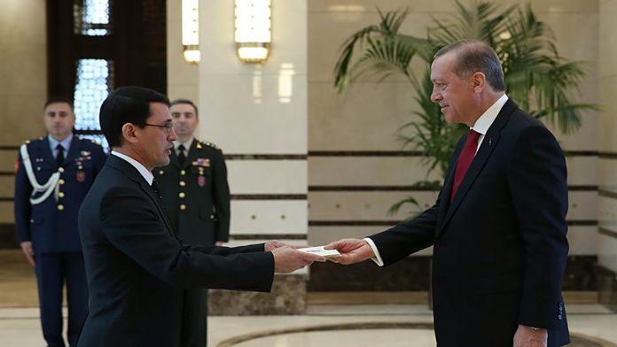 Türkmenistan Büyükelçisi güven mektubunu sundu
