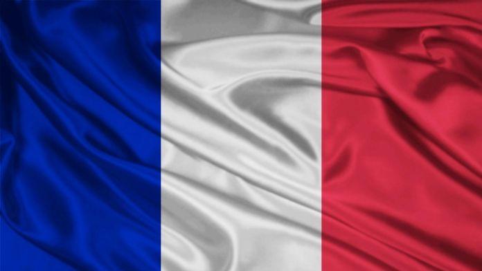 Fransa'dan Esed'e uyarı