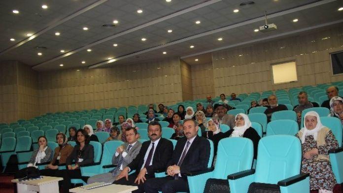 Sivas'ta 'Hasta Okulu' Eğitimleri Devam Ediyor