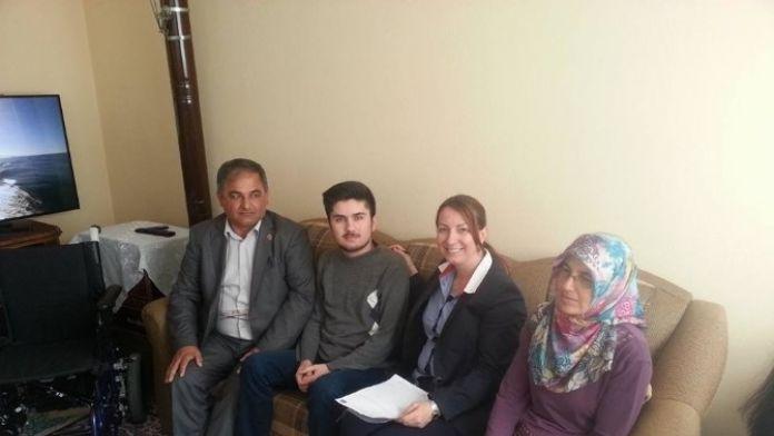 Doğuştan Engelli Eyüp'ün TEK İsteği Okumak