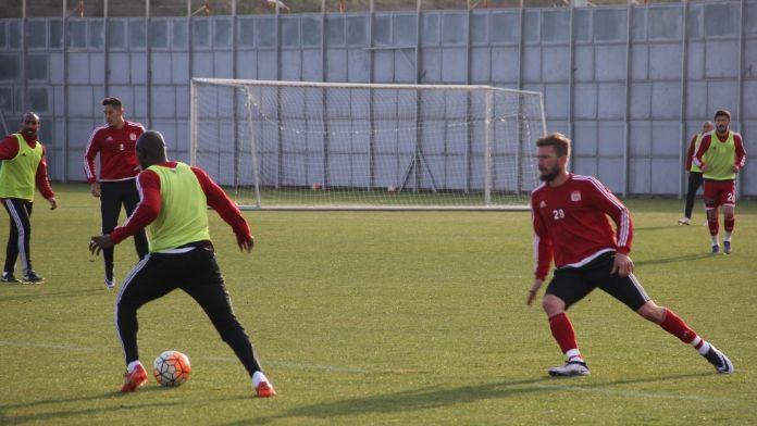Medicana Sivasspor, Beşiktaş sınavına hazırlanıyor