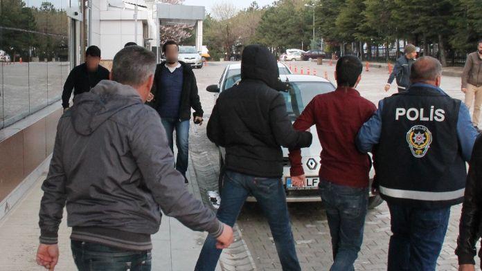 Elazığ'da terör örgütü MKP'ye operasyon: 6 gözaltı