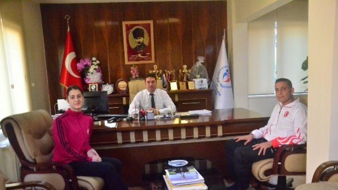 Ataşbak: 'Başarılı Sporcu Ve Kulüpleri Daima Destekleyeceğiz'