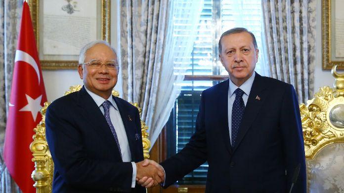 Erdoğan Malezya Başbakanı'yla görüştü