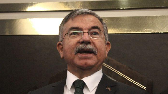 Milli Savunma Bakanı Kilis'te
