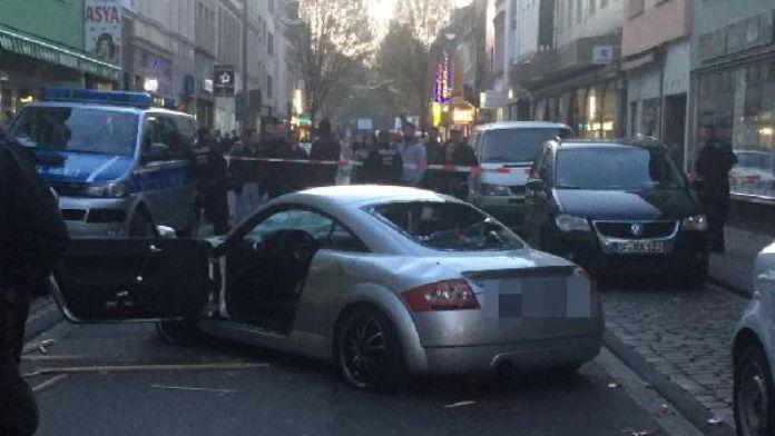 Köln'deki saldırının görüntüleri ortaya çıktı