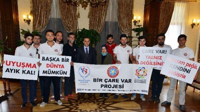 Vali Türker Aybuder Yöneticilerini Kabul Etti