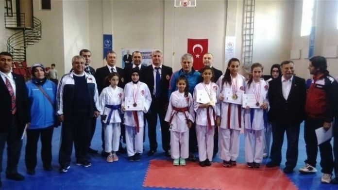 Karateye Malatya Damgası
