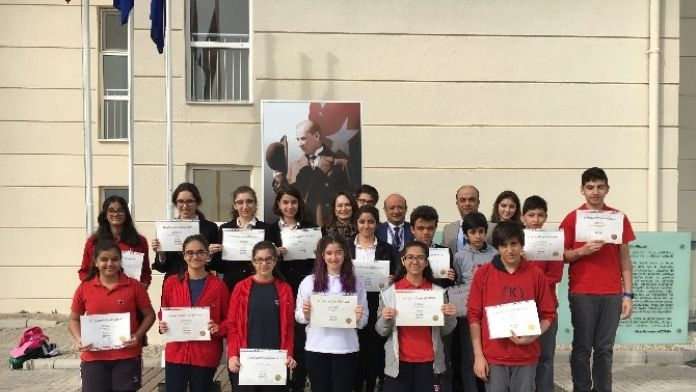 Öğrenciler, TOEFL Junior Sertifikası Aldı