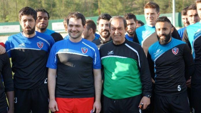 Bakan Yardımcısı Boynukalın, Karabüksporlu Futbolcularla İdmana Çıktı