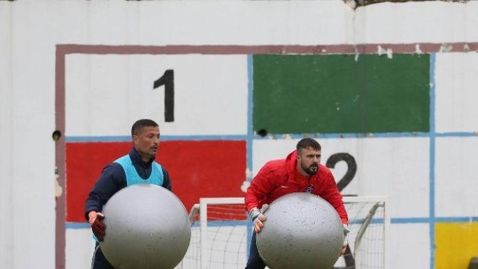 Onur-esteban Rekabeti Hami Mandıralı'yı Zorluyor