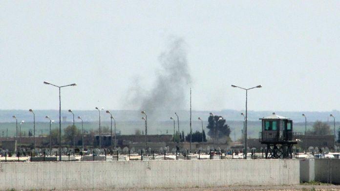 Türkiye sınırında çatışmalar şiddetlendi