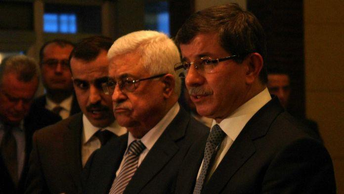 Davutoğlu Mahmud Abbas'la görüştü