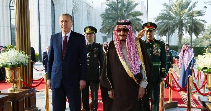 Zirveden Ayrılan İlk İsim Suudi Arabistan Kralı