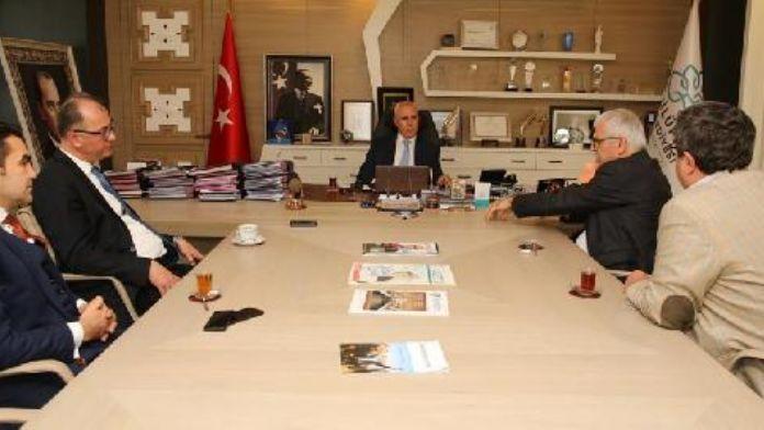 Nilüfer Belediyesi'nden 'plaj voleybolu' tesisi sözü