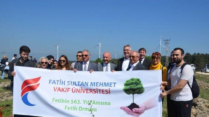 Fatih Sultan Mehmet Han Vakfı'nın Kuruluş Yılını Temsilen 1471 Çınar Fidanı Dikildi