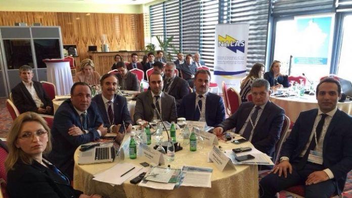 Yılmaz Kosova'da