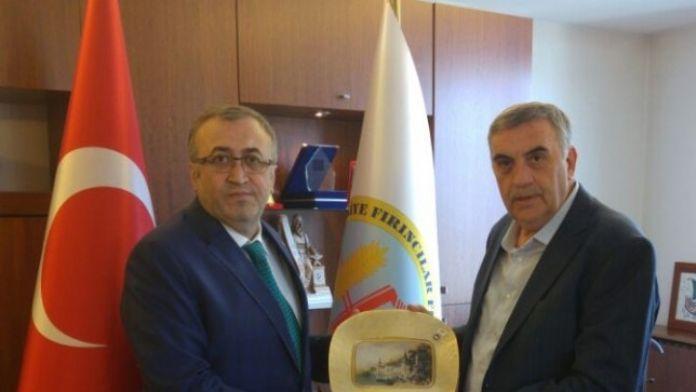 Başkan Toçoğlu 5. Yerel Yönetimler Sempozyumuna Katıldı