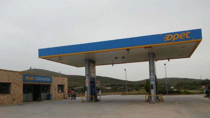 Feribot ücretine zam Bozcaada'nın tek akaryakıt istasyonunu vurdu