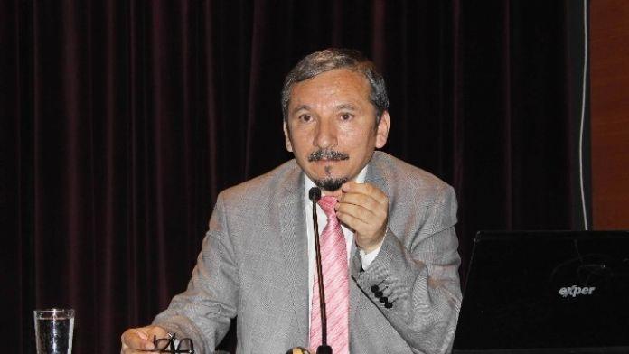 'Eğitimde Yenilikçi Yaklaşımlar' Konferansı Düzenlendi