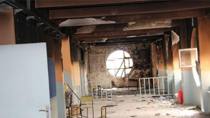 Teröristler Okul Ve Diyaliz Merkezini Ateşe Verdi