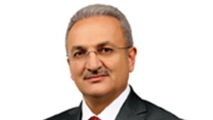 Kalp krizi geçiren Erzincan Belediye Başkanı'nın tedavisi sürüyor