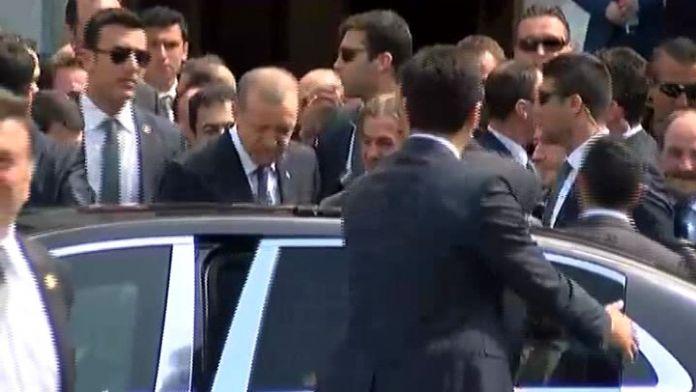 Erdoğan ve liderler cuma namazını Dolmabahçe'de kıldı